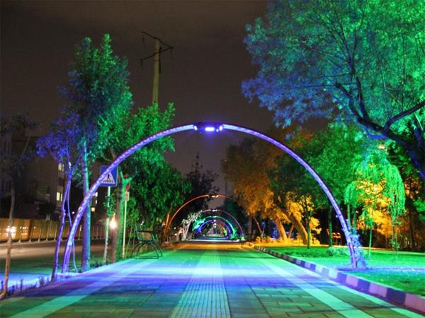 نورپردازی فضاهای سبز