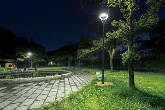 انواع نورپردازي محوطه